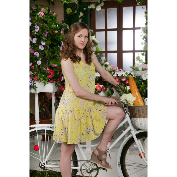 Vestido Corto Tirante Ancho Mujer Volante Flor Amarillo